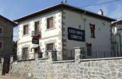 Casas rurales en euskadi pa s vasco que admiten perros lava vizcaya guip zcoa con mascotas - Casas rurales que admiten perros en galicia ...